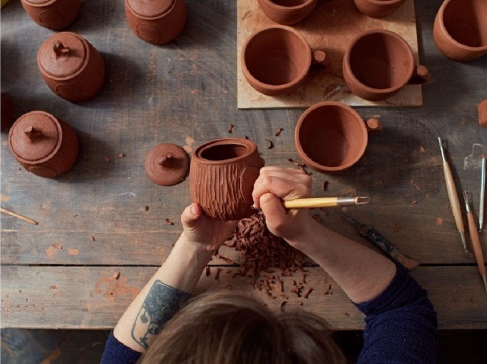 Buy handmade pottery from Lili Pottery